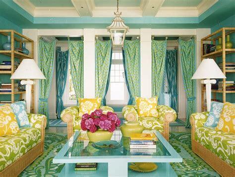 ruang tamu cantik  pola warna warni rancangan