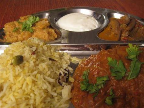 recettes cuisine indienne recette indienne curry d 39 aubergines et yaourt un classique