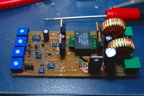 Switchmode Laser Diode Driver Based Dgk