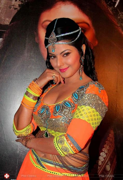 smriti sinha bhojpuri actress hd wallpapers photo image  thebhojpuriin