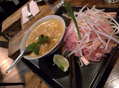 Vermilion Noodles With Yellow Curry With Coconut Milk