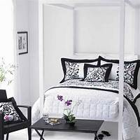 black and white decorations Modern black and white bedroom ideas