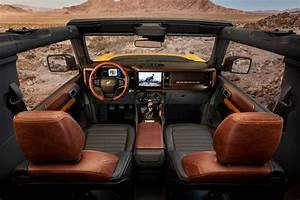 First Look  2021 Ford Bronco