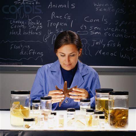 Marine Biologist - Manzer