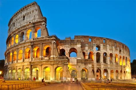 Free Colosseum In Rome by The Colosseum Travertine S