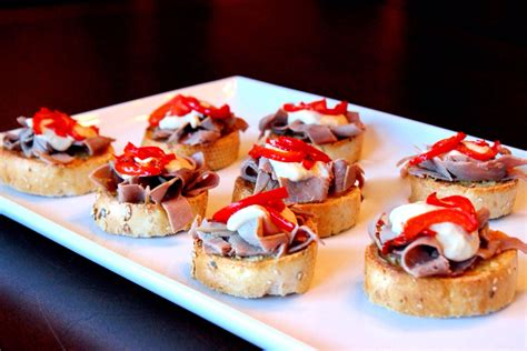 beef canapes recipes roast beef canap 233 s easy peasy eats