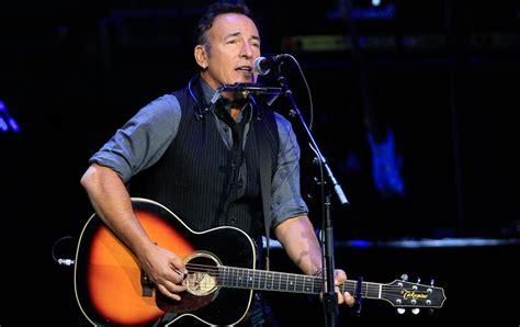 Plea Bruce Springsteen Show For Hillary Clinton