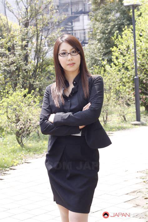 Hikaru Matsu Flaunts Depose Unattended To A Certain Extent