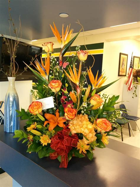 friday florist recap 11 30 12 6 a seasonal selection