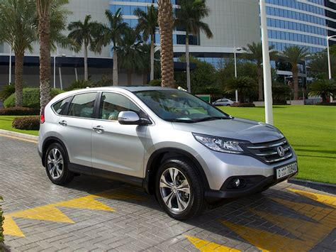 Maybe you would like to learn more about one of these? Honda CR-V 2015 Price in UAE   Honda crv 2015, Honda ...