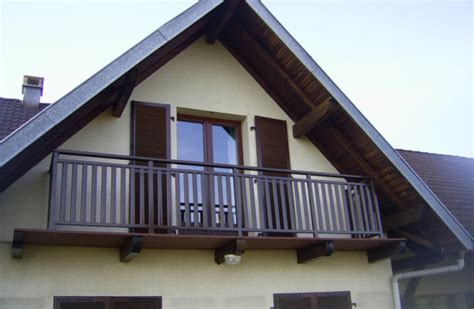 balustrade de balcon en bois