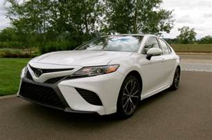 toyota tundra grilles highlights of the 2018 toyota camry auto trends magazine