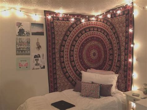 Best 25+ Dorm Tapestry Ideas On Pinterest Living Room Furniture Online Shopping India Debenhams Table Lamps Stores In Ottawa Led Recessed Lighting Designs Small Spaces Cheap Collections Home Depot Virtual With Ottoman And Coffee