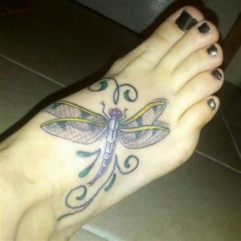 Significado de los tatuajes de libélulas Libelula