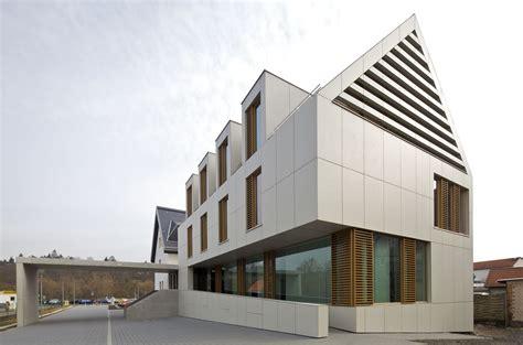 Sanieren Mit Fassadenplatten by Vorgeh 228 Ngte Hinterl 252 Ftete Fassade Mit Luftstrom Gegen