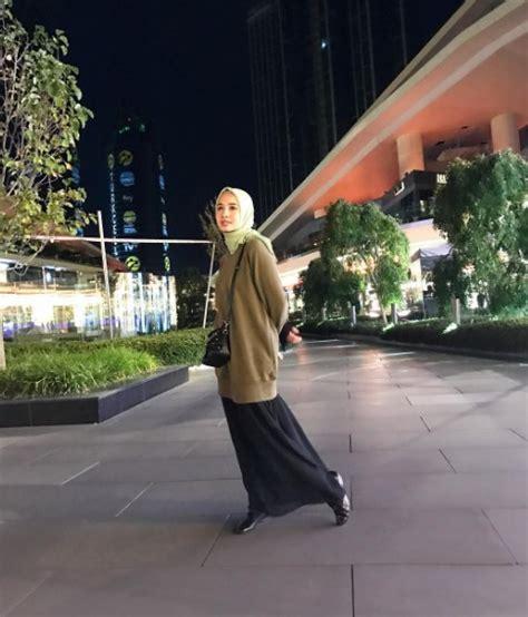 inspirasi hijab simpel laudya cynthia bella dreamcoid