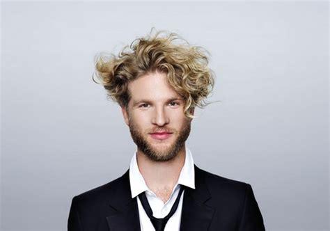 cheveux bouclé homme cheveux boucl 233 s homme soin dasyatracyviona