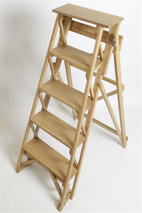 Wooden Stepladder ? Sylvanus Woodcraft