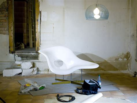 file la chaise by charles and ray eames and fly by