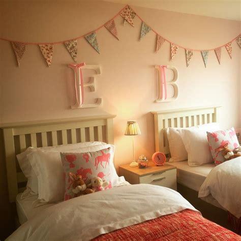 Best 25+ Twin girl bedrooms ideas on Pinterest Twin