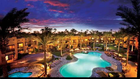 Top 10 Extravagant Hotels