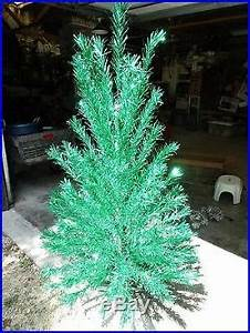 Vintage Green Aluminum Christmas Tree Holiday Decorations