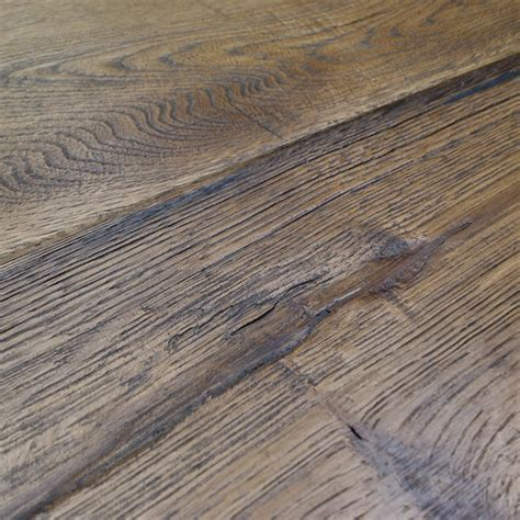 Loire Distressed 20mm Honey Oak Heavy Brushed Engineered