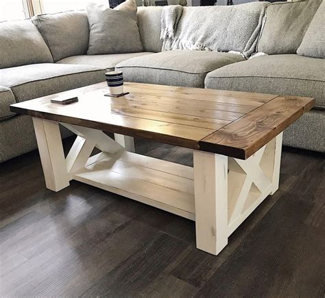 A diy farmhouse coffee table that's giving farmhouse a new name. DIY Coffee Table features chunky farmhouse legs perfect for the home living room - Free woodwork ...