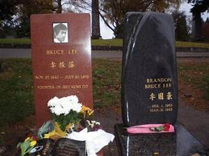 Bruce and Brandon Grave Site - Picture of Lake View ...
