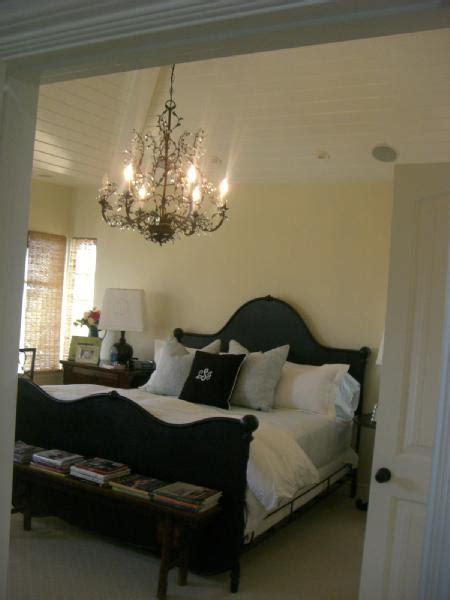 ralph luaren bed transitional bedroom