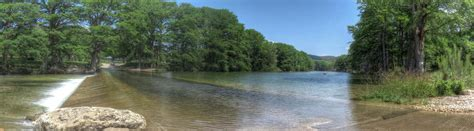 frio river vacation rentals rental homes in concan texas near the frio river providing