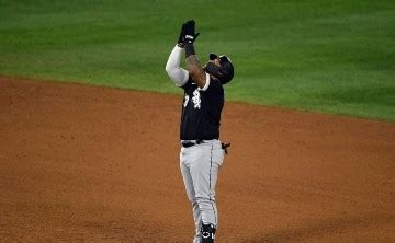 MLB novato Yermin Mercedes lanza por White Sox vs Red Sox