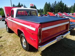1966 Dodge W  100 Power Wagon 4x4 Sweptline Pickup Truck