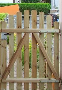Gartentüren Aus Holz : gartentor holz schloss einbauen ~ Michelbontemps.com Haus und Dekorationen