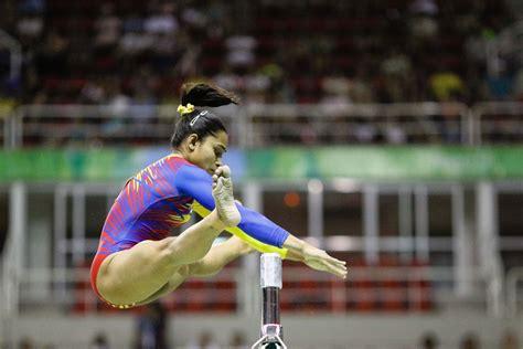 dipa karmakar   indian female gymnast  qualify