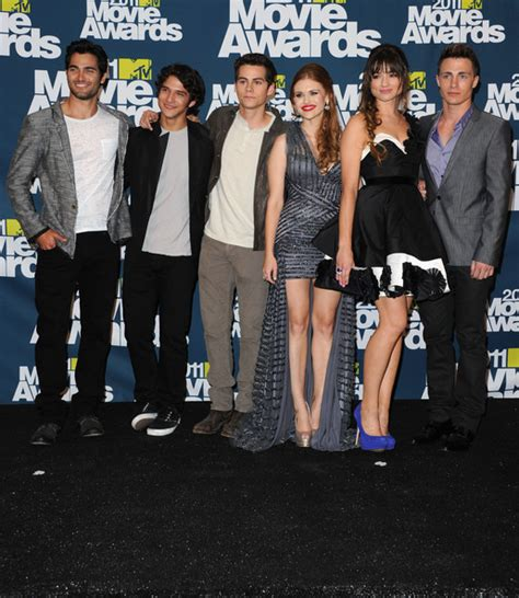 holland roden and tyler posey dating crystal reed pictures 2011 mtv movie awards press room