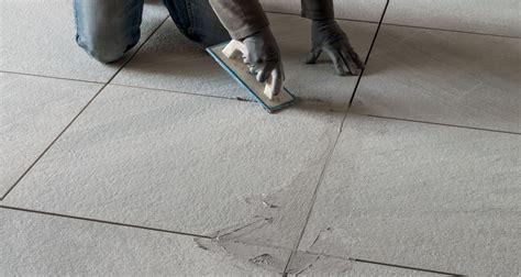 stuccatura  pulizia dopo posa ceramica rondine