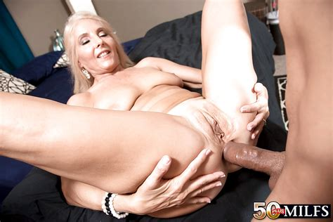 Over 50 Blonde Milf Chery Leigh Taking Hardcore Anal Sex In High Heels