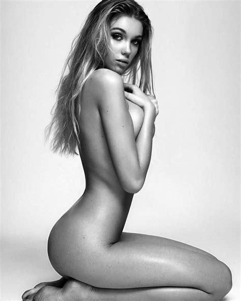 Melinda London Nude Pics Shes Too Plastic Scandal