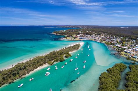 Teeming with native australian wildlife, our resident dolphins play in the bay all year round. Jervis Bay Motel Deals & Reviews (Jervis Bay, AUS) | Wotif