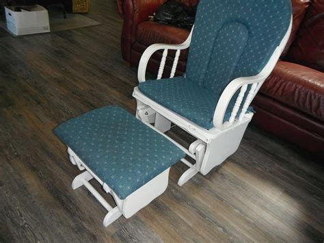 Rocking /glider Chair With Same Foot Rest Duncan, Cowichan Moon Chair Target Australia Markwort Stadium Replacement Parts Swivel Meaning Car Seat Lounge Chairs Baby Bouncy Age Adirondack With Cup Holder Plans The Salon And Spa Harrington De High Argos