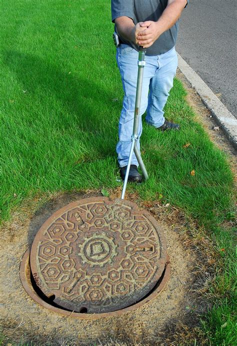 manhole lifter leverage tool covers handle removing useful replacing gmp gmptools