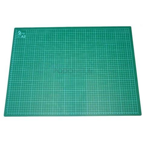tapis de decoupe autocicatrisant carrelage design 187 tapis de d 233 coupe autocicatrisant moderne design pour carrelage de sol et