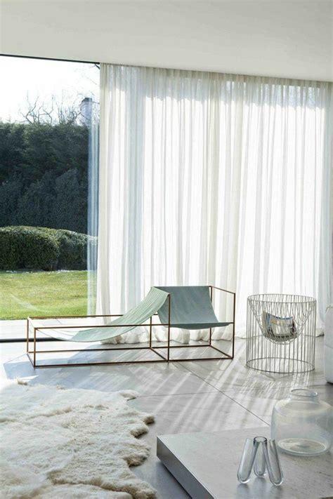 voilage fenetre chambre les 25 meilleures idées de la catégorie rideaux de salon