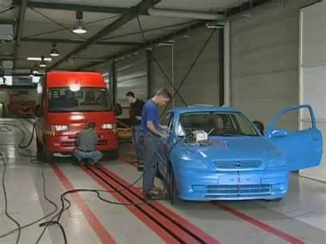 adac test siege auto adac crash test china auto doovi