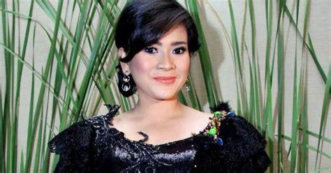 Download Koleksi Full Album Lagu Ikke Nurjanah Mp3 Terbaru