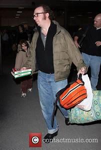 Paul Giamatti - 'Cold Souls' star Paul Giamatti, carrying ...