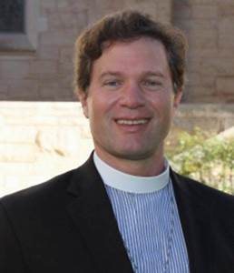 The Church of the Holy Spirit in Lake Forest Hires New Rector