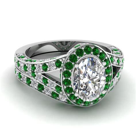 find a broad array of platinum wedding ring sets
