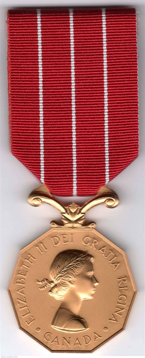 medal of canadian forces decoration from canada id 10958